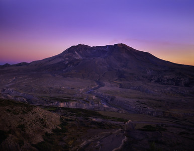 Mt St Helens During Eruption -- note steam, ash, and dome glow.  Late evening photo with Schneider 210mm.
