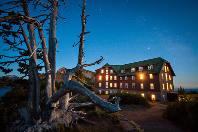 Crater Lake Lodge in Crater Lake National Park, Oregon  Photo by Kyle Spradley | www.kspradleyphoto.com
