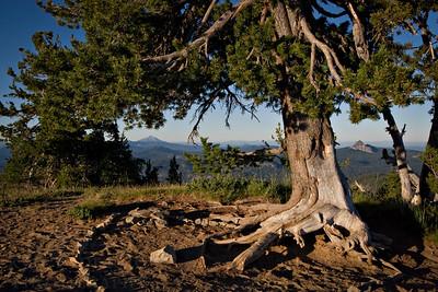 Crater Lake National Park in Oregon  Photo by Kyle Spradley | www.kspradleyphoto.com