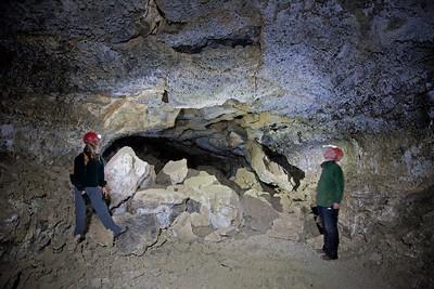 Lava tubing in Boyd Cave near Bend, Oregon