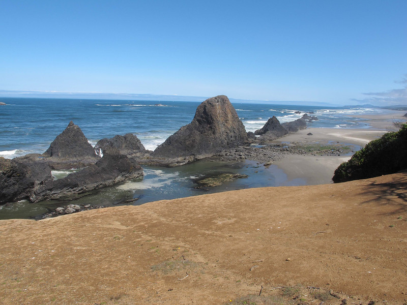 Seal Rock State Recreation Area, central Oregon Coast   July 21, 2012<br /> Looking north from the top rim.
