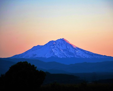 Sunrise, Mt. Shasta, California