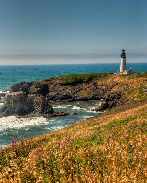 oregon-coast-yaquina-head-lighthouse