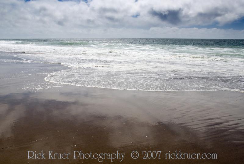 Surf reflections and shadows in the sand<br /> Gleneden Beach, Oregon<br /> July 2007<br /> <br /> Copyright © 2007 Rick Kruer<br /> rickkruer.com<br /> <br /> D200_2007-07-19DSC_2450-SurfShadowsWide-2.psd