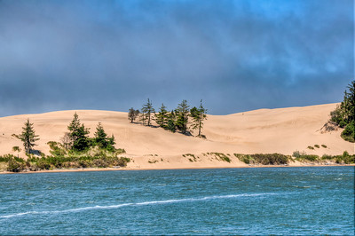 oregon-sand-dunes-pond-5