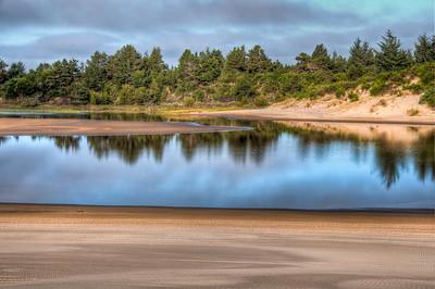 oregon-sand-dunes-pond