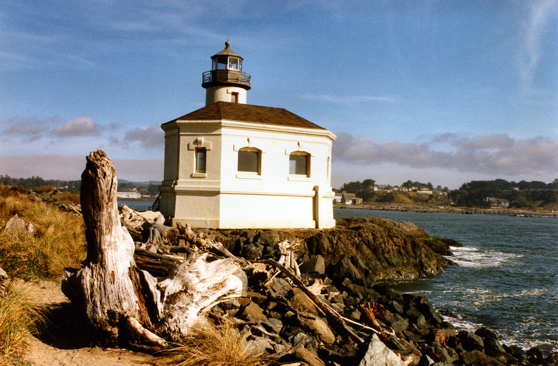 The original appropriation amount for the lighthouse was $50,000 but most of the funds were diverted to other lighthouse projects.  Only $17,600 of the monies was left over to build the last lighthouse on the Oregon coast.