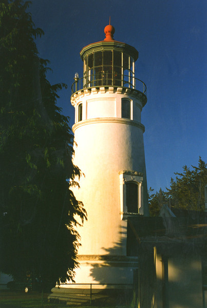 In 1966 the lighthouse was automated and several of the station buildings were razed.  Most of the land surrounding the lighthouse was given to the State of Oregon who created Umpqua Lighthouse State Park.  In 1983 the chariot wheels and gears that rotated the 2 ton lens wore out.  The Coast Guard erected an optic on the gallery railing to replace the Fresnel lens; however this caused an uproar with the local population.  As elected officials brought pressure on the Coast Guard, they agreed to repair the mechanism and the lens was relit on January 14, 1985.