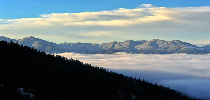 Fog in the Rogue Valley<br /> © 2010 Jim Craven, All rights reserved.