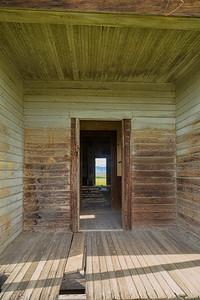Douglas Hollow Exterior