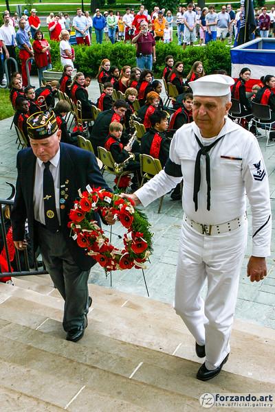 Veterans Present a Memorial Wreath