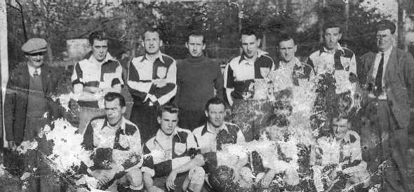 <font size=3><u> - Football Team - 1940s </u></font> (BS0072)  Back row -> Jim Leighmore, Nick Currell, ??, ??, Len Newman, Jack Taylor, Ron Cooper, Horace Gurney  Front row -> Herbert Beale, Alan Young, Pete Young, ??, John Green
