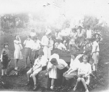 Girl Scouts III (01471)