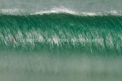 Green Wave Breaking - Metallic Pearle Print