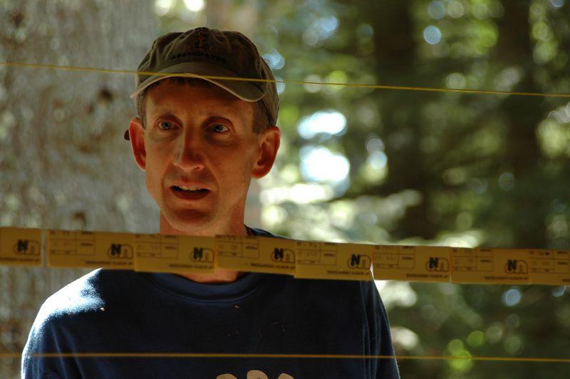 <b>Mark Thomas checks out the results</b>   (Sep 12, 2004, 12:46pm)