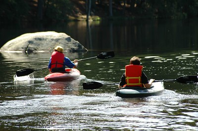 Boy Scouts in kayaks   (Sep 11, 2004, 11:35am)