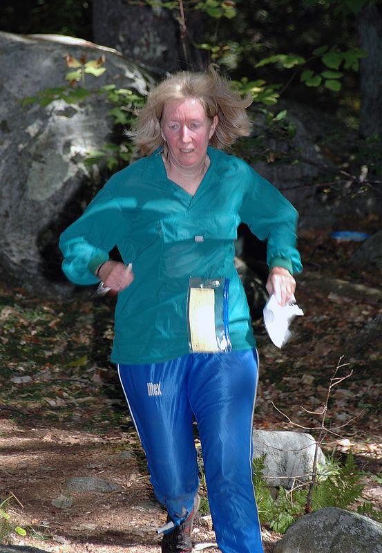 <b>Kathy McArdle runs for the finish</b>   (Sep 12, 2004, 12:22pm)