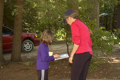 Barb Bryant gives a lesson in navigation   (Sep 10, 2005, 10:13am)