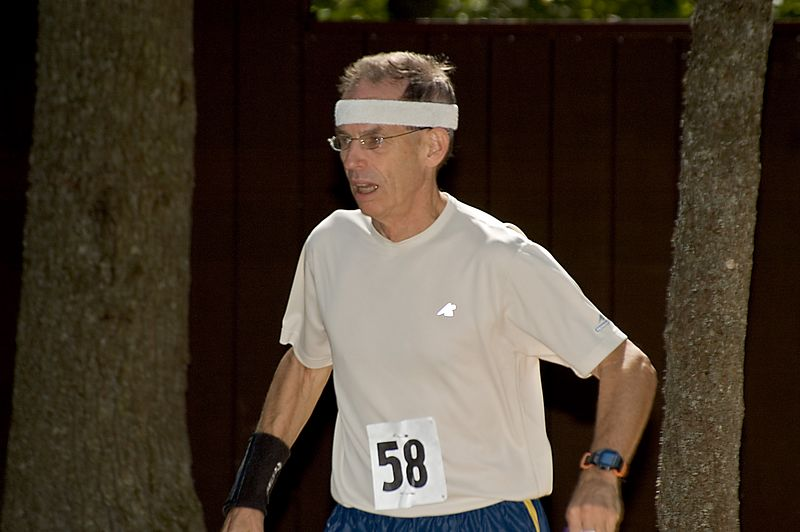<b>George Walker races for the foot-O finish</b>   (Sep 10, 2005, 12:47pm)
