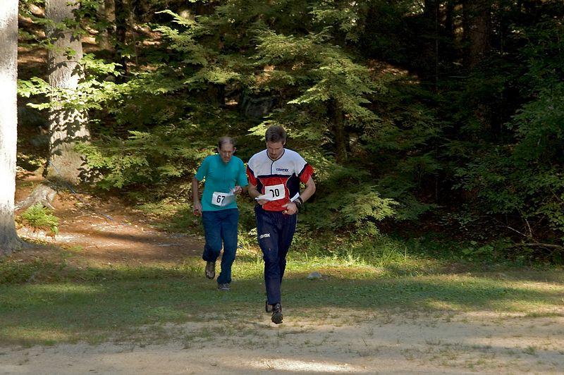 <b>Eric Smith (CNYO) chases Mikkel Conradi (BAOC)</b>   (Sep 10, 2005, 04:48pm)