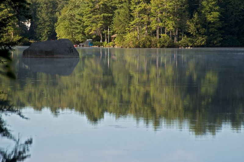 <b>Early morning reflections in the lake</b>   (Sep 11, 2005, 07:55am)