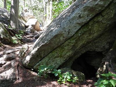 Trail at Warsaw Caves