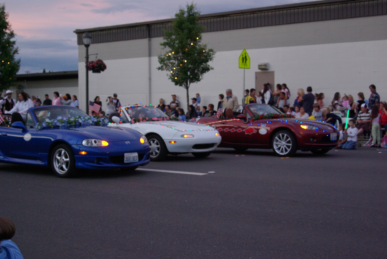 c'mon SLKs - the Miatas had lights!