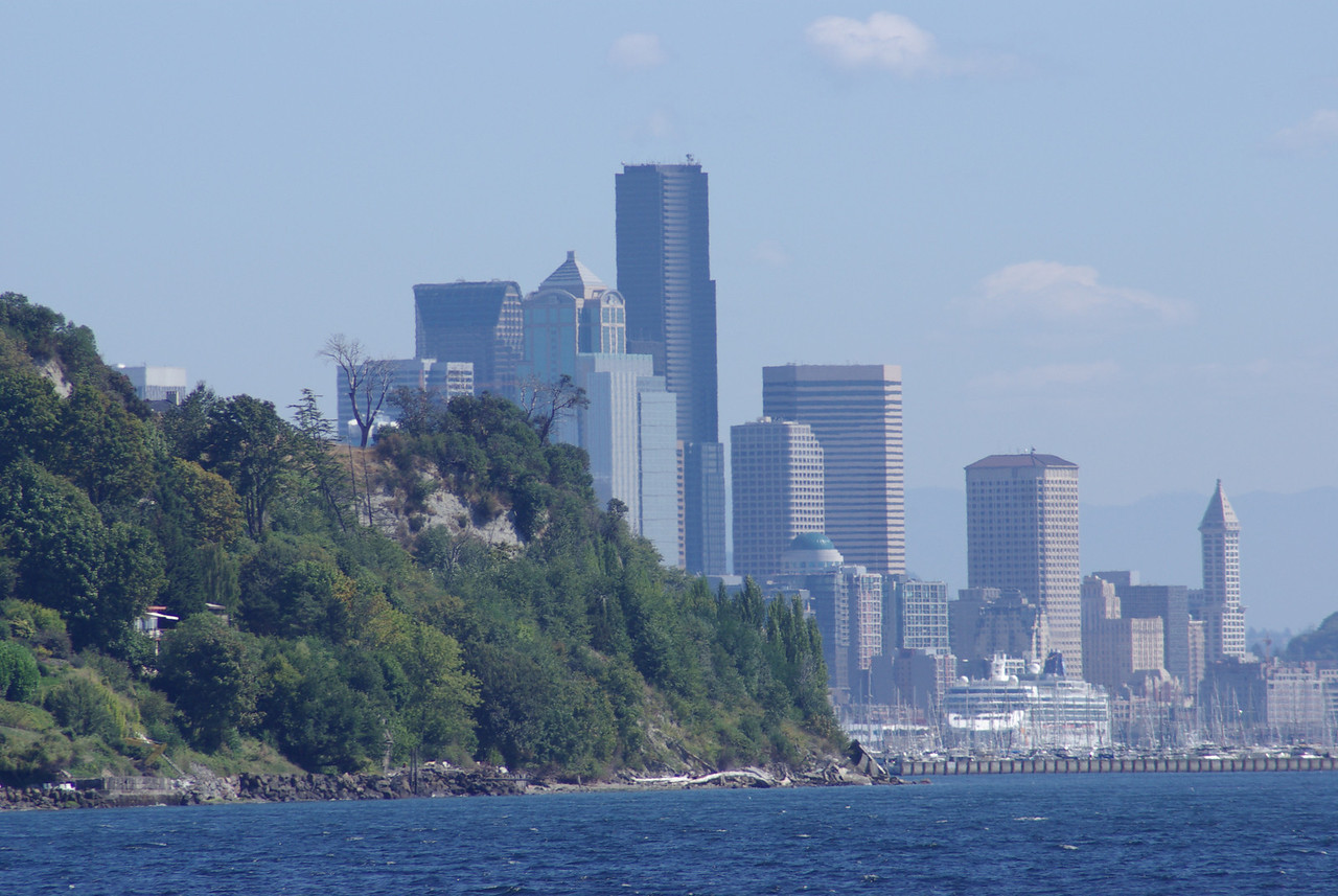 City view from the waters off of Discovery Park