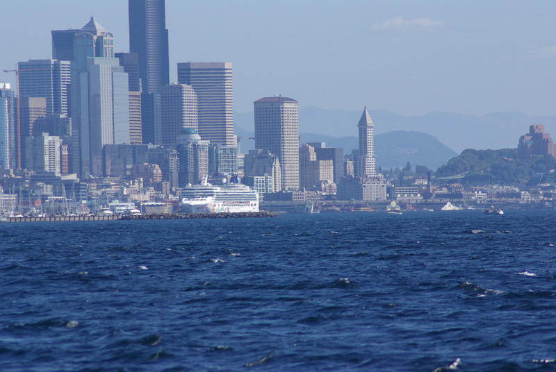 City view with cruise ship