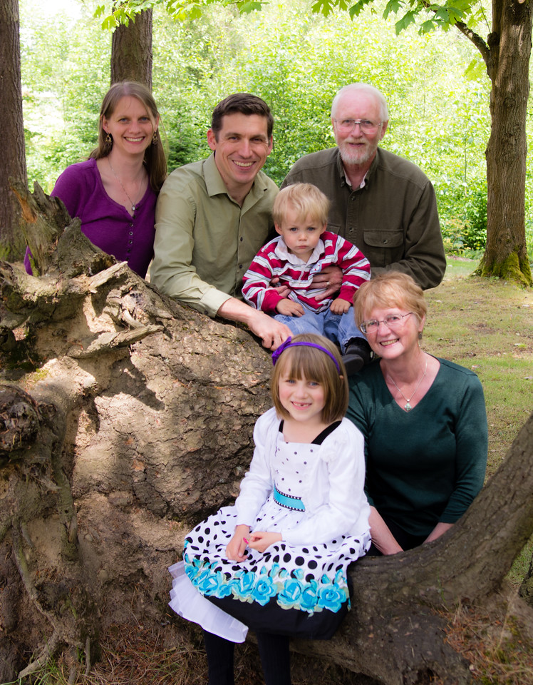 Tyan-and-Family-14