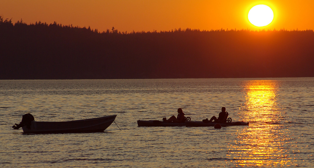 I have been bad about getting photos up here daily.  This is from Cama Beach State Park, Washington, 07/27/09.  It is unusually hot for Western Washington this time of year, 98 vs 75 normally.