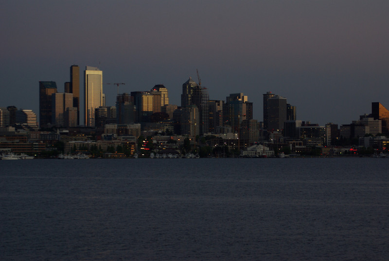 The city of Seattle as seen across Lake Union, from Gasworks Park. at sunset. Daily for 9/15/09. I should probably crop this a bit... it is unedited.