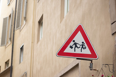 Children at play sign, Florence, Italy