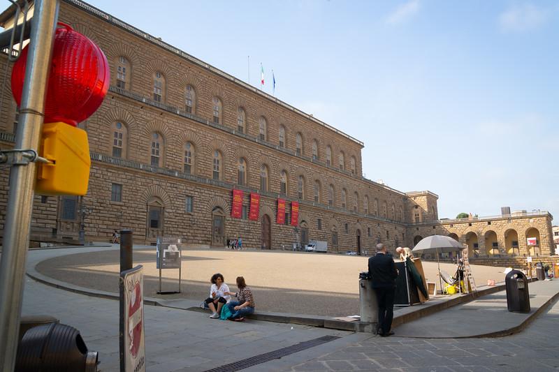 The massive courtyard outside Palazzo Pitti