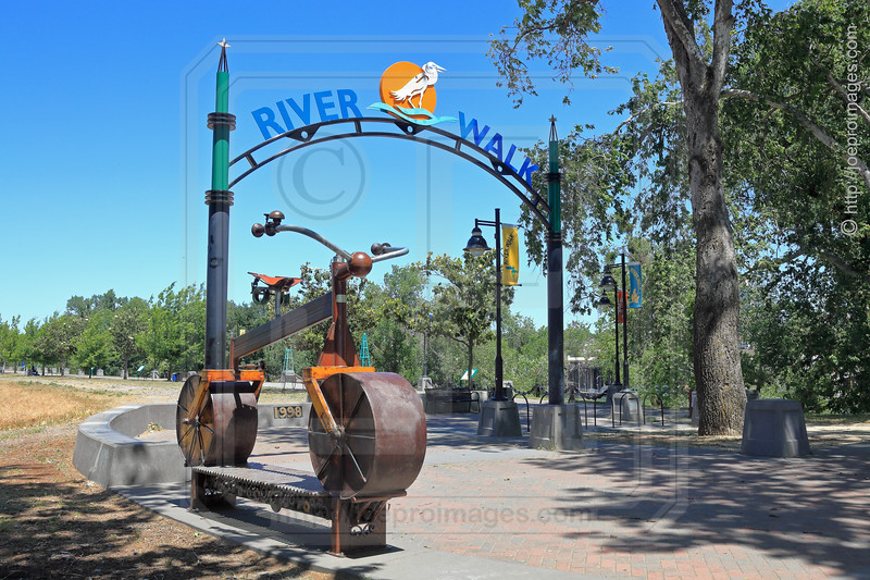'A Life's Ride' Bench and Arch at River Walk Park