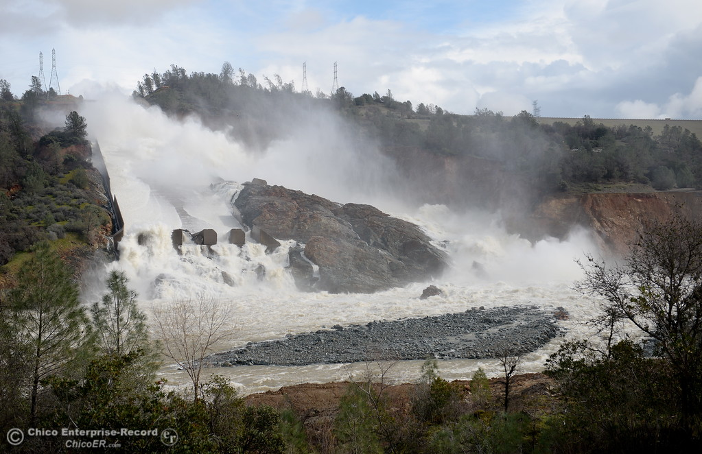 . As erosion continues the Oroville Dam Spillway seems to look slightly different each day as work at the Oroville Dam, Oroville Spillway continues Tuesday Feb. 21, 2017. (Bill Husa -- Enterprise-Record)