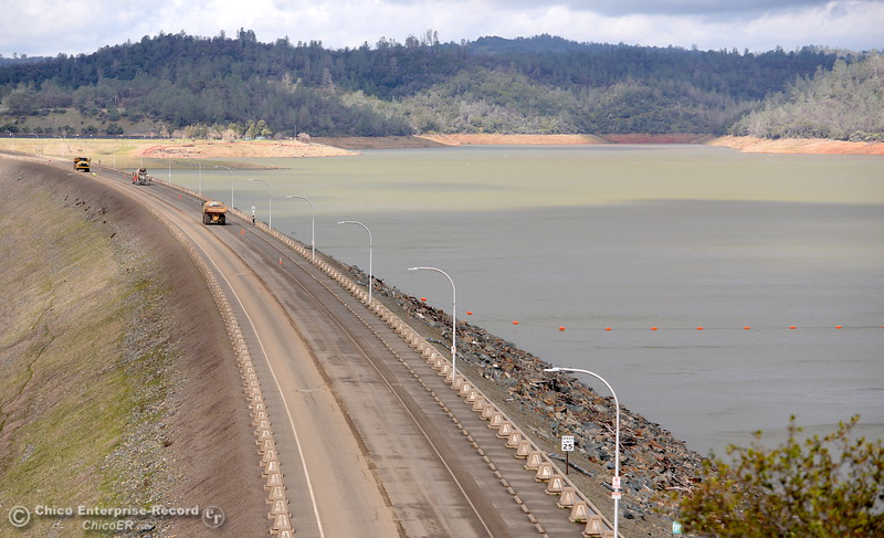 Oroville Updates Thursday 2-16-2017 - MNG-Chico