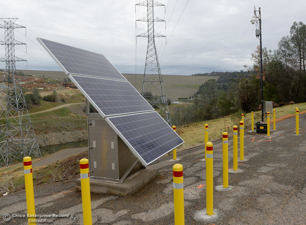 . Solar panels are seen with yellow bollards around it along Oroville Dam Blvd. East in Oroville, Calif. Jan. 11, 2018.  (Bill Husa -- Enterprise-Record)