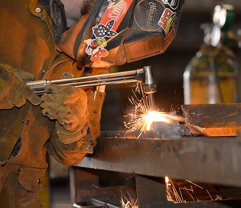 Dallas Gray of Chico practices MIG welding in the 2017 ARC Welding exposure class at Butte College Wed. Jan. 18, 2017.  (Bill Husa -- Enterprise-Record)