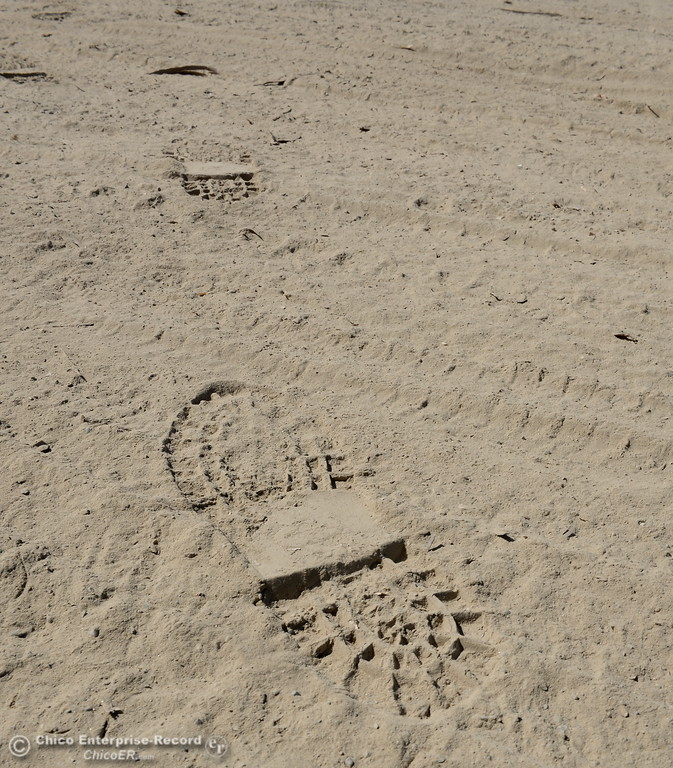 . Footprints in the dirt show that despite areas being closed, they are still being visited by people at Riverbend Park in Oroville, Calif. Friday Sept. 22, 2017. (Bill Husa -- Enterprise-Record)