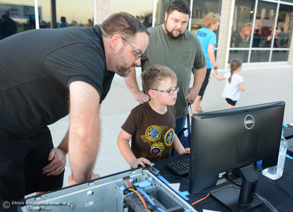 . Hundreds of K-8 students visted Butte College today for the Explorerís Faire, an event that aims to expose kids to STEAM careers Wednesday September 27, 2017 at Butte College in Butte Valley, California. (Emily Bertolino -- Enterprise-Record)