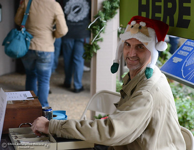 People partake in frontier crafts during Frontier Christmas Saturday December 2, 2017 at the at Lake Oroville Visitor Center in Oroville, California. (Emily Bertolino -- Mercury Register)