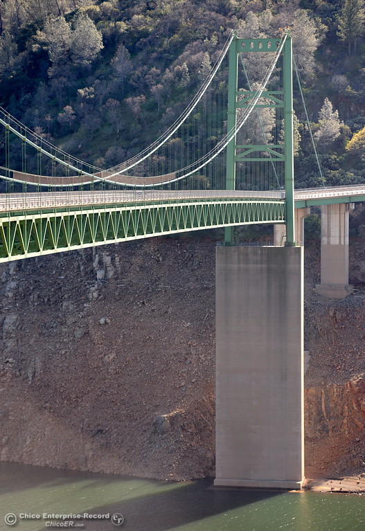 . Current water levels are easily judged by a look at the base of the Bidwell Bar Bridge along hwy. 162 at Lake Oroville Wednesday Feb. 21, 2018.  (Bill Husa -- Enterprise-Record)
