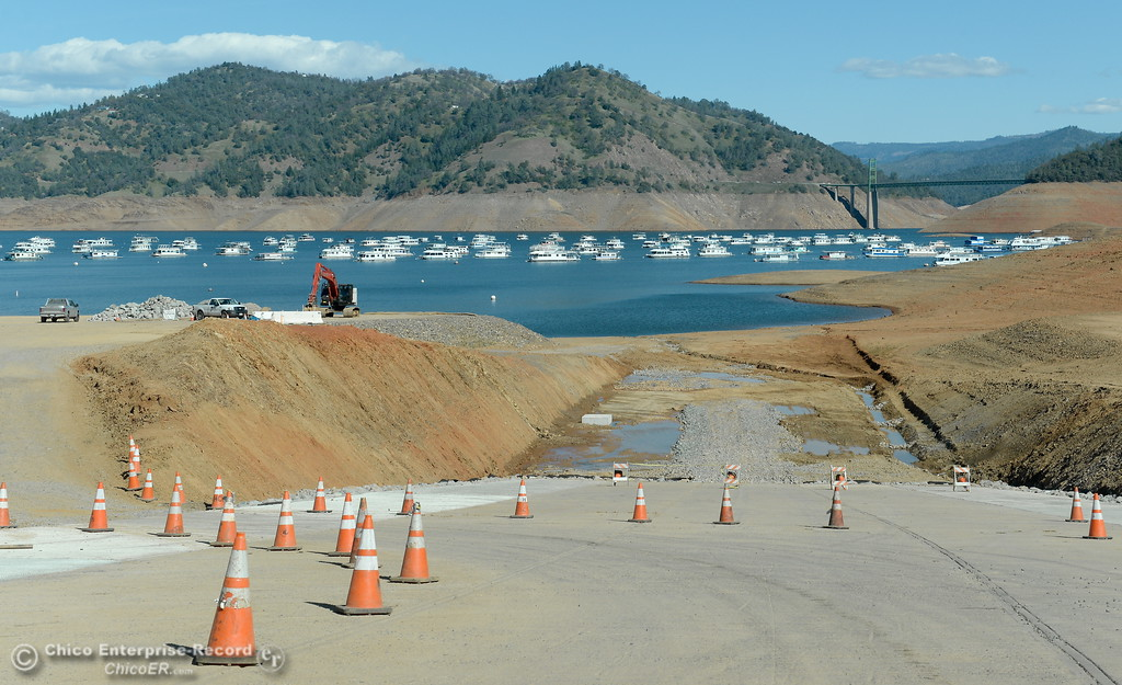 . Construction is underway near the Bidwell Canyon Marina launch facility Wednesday Feb. 21, 2018.  (Bill Husa -- Enterprise-Record)