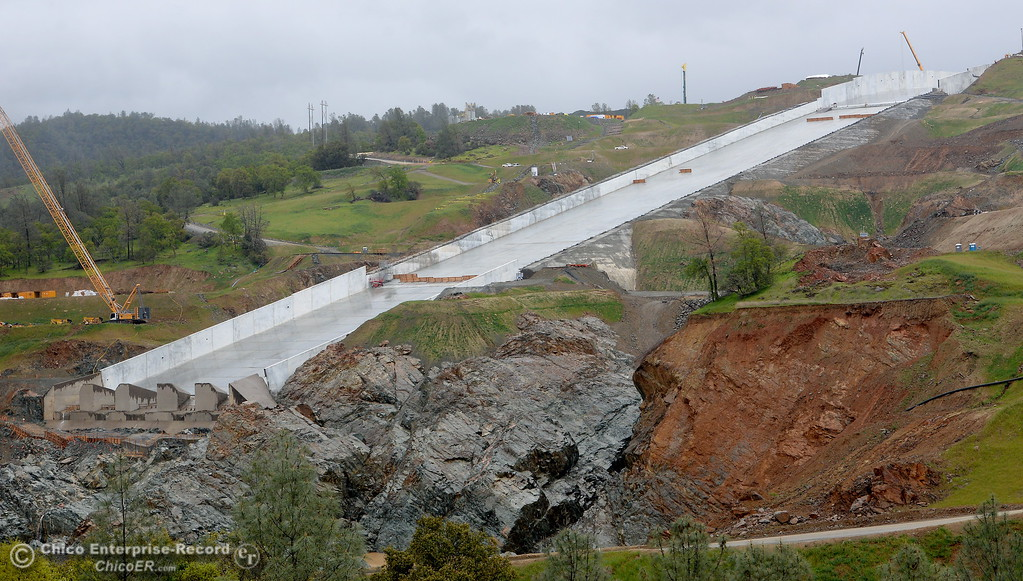 . Construction continues at the Lake Oroville Dam near the Spillway in Oroville, Calif. Thurs. March 15, 2018. (Bill Husa -- Enterprise-Record)