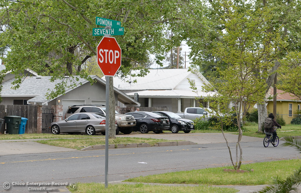 . A home where Larry Siordia was shot and killed by a Butte County Sheriff\'s Sgt. Saturday is seen behind the Pomona Ave. and Seventh Ave. street sign in Oroville, Calif. Wed. April 11, 2018. (Bill Husa -- Enterprise-Record)
