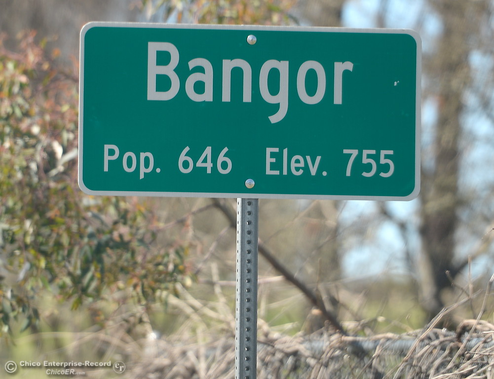 . A population sign is seen near the Bangor Ranch Vinyard & Winery on La Porte Rd. in Bangor, Calif. Friday April 20, 2018. (Bill Husa / Chico Enterprise-Record)