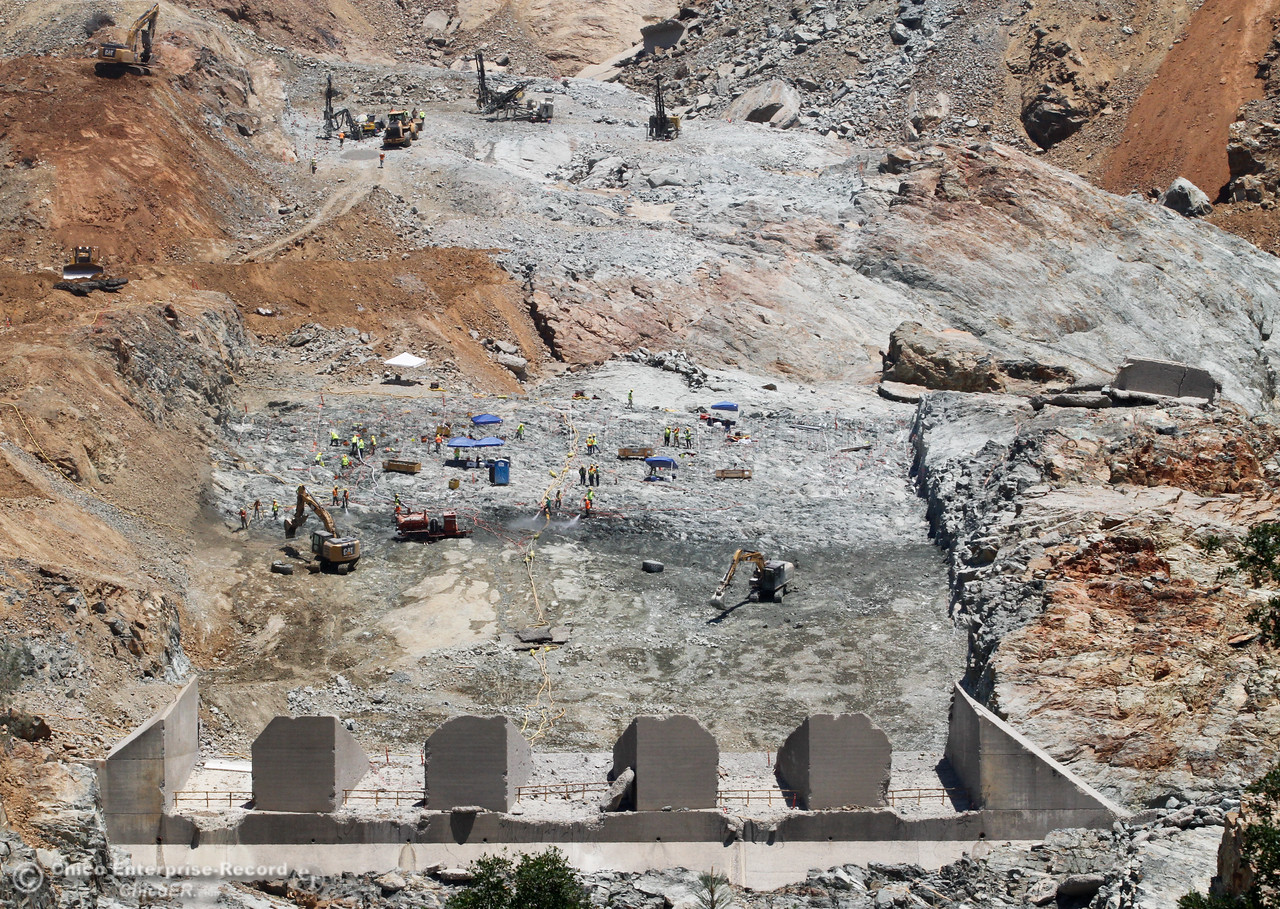 Work continues on the Lake Oroville spillway Tuesday June 20, 2017 in Oroville, California. (Emily Bertolino -- Mercury Register)
