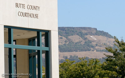 People talk outside of the Butte County Superior Court in Oroville, Calif. Tues. Aug. 29, 2017. (Bill Husa -- Enterprise-Record)