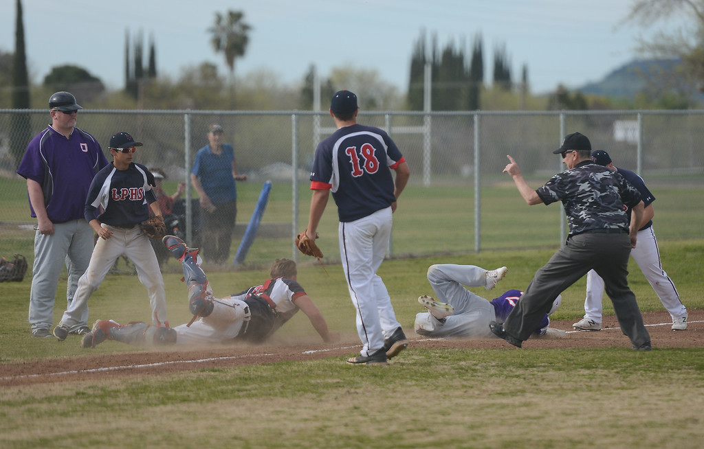 . Oroville at Las Plumas baseball, March 29, 2018, in Oroville, California. (Carin Dorghalli -- Enterprise-Record)